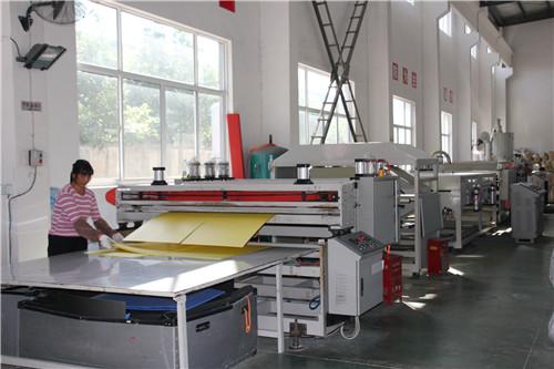 上海闵行区龙吴钙塑箱厂