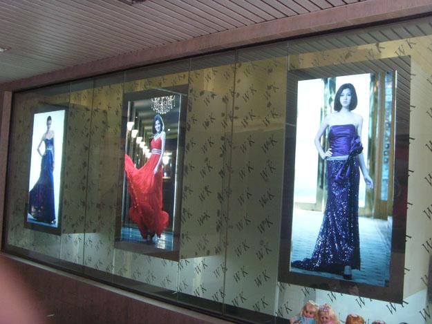 产品货号 品牌 上海科彩 超薄灯箱uv喷绘写真 材质:高质透光灯片 制作