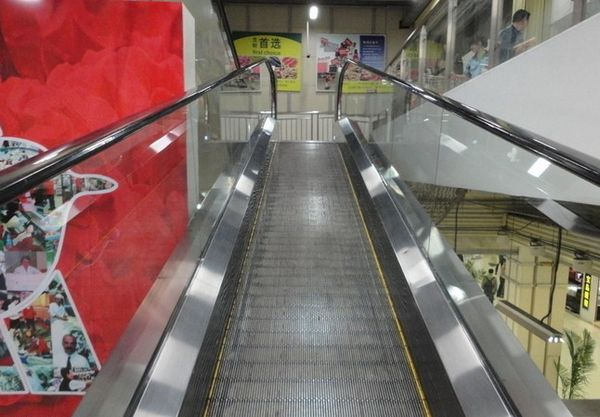 自动扶梯扶手_【电扶梯扶手带V型蒂森ThyssenKruppFT