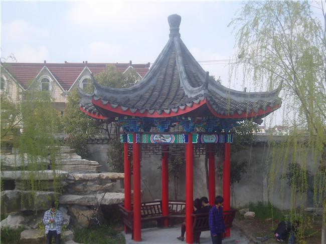 找上海防腐木景观工程的庭院设计_上海别钻井院内别墅图片