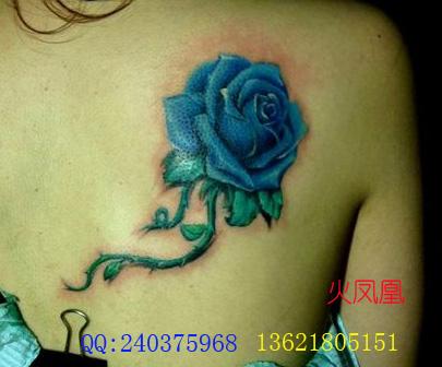 蓝色玫瑰纹身图案大全