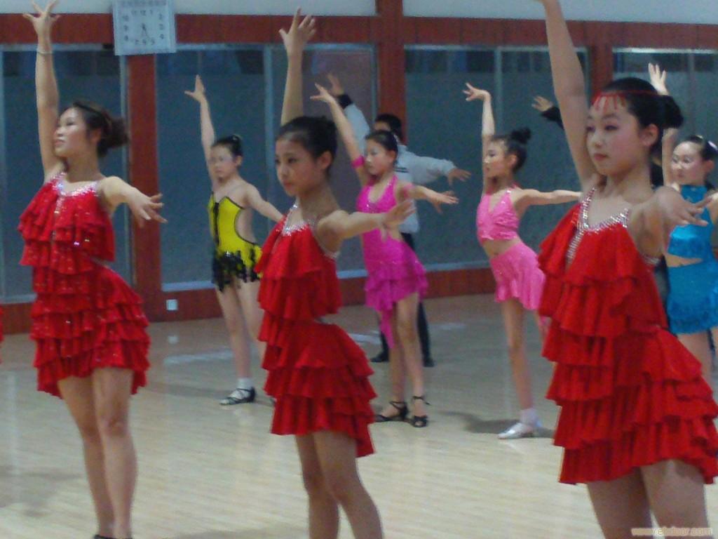 少年舞蹈淮安学校 相关信息 淮安市军兰舞蹈艺术学校 一比高清图片