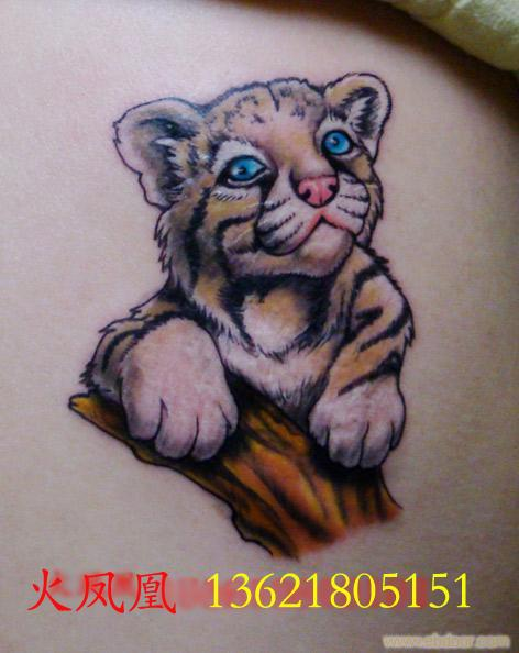 可爱小老虎脚踝纹身