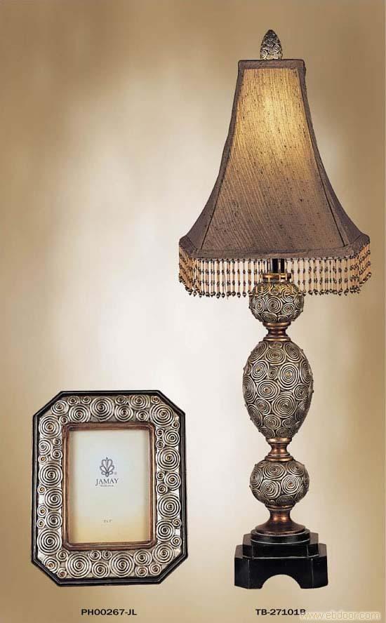 欧洲古典台灯的简笔画
