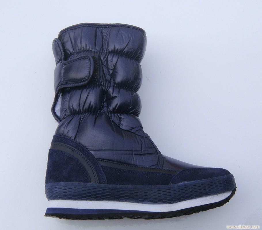 扬州军用鞋制作干净的靴子可配合使用