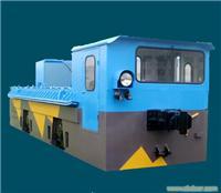 30吨架线式变频调速机车