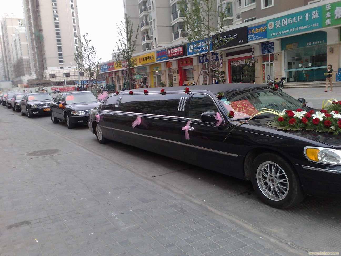 最豪华的婚礼车队_专业婚礼车队