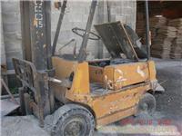 上海二手叉车回收 13611984613
