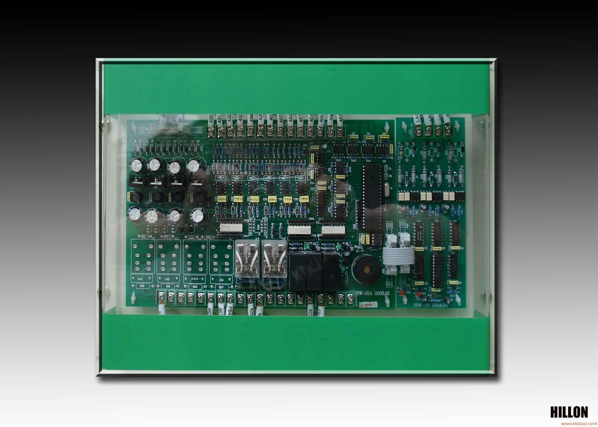 SBW-S三相(数字)交流稳压器