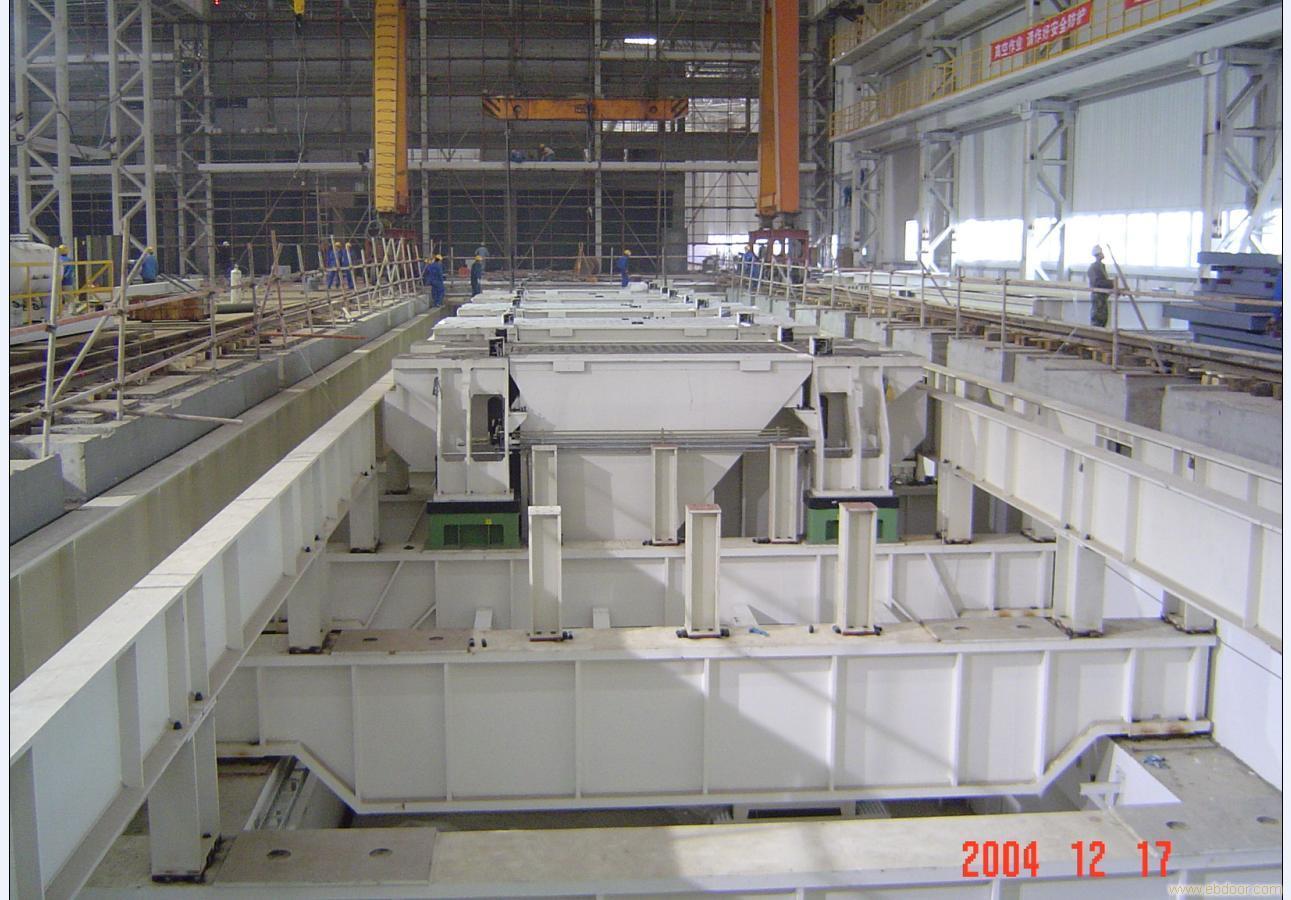 上海大众汽车16线压力机底座吊装