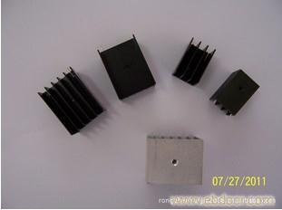供应各种规格电子散热器,线路板散热器,小散热器