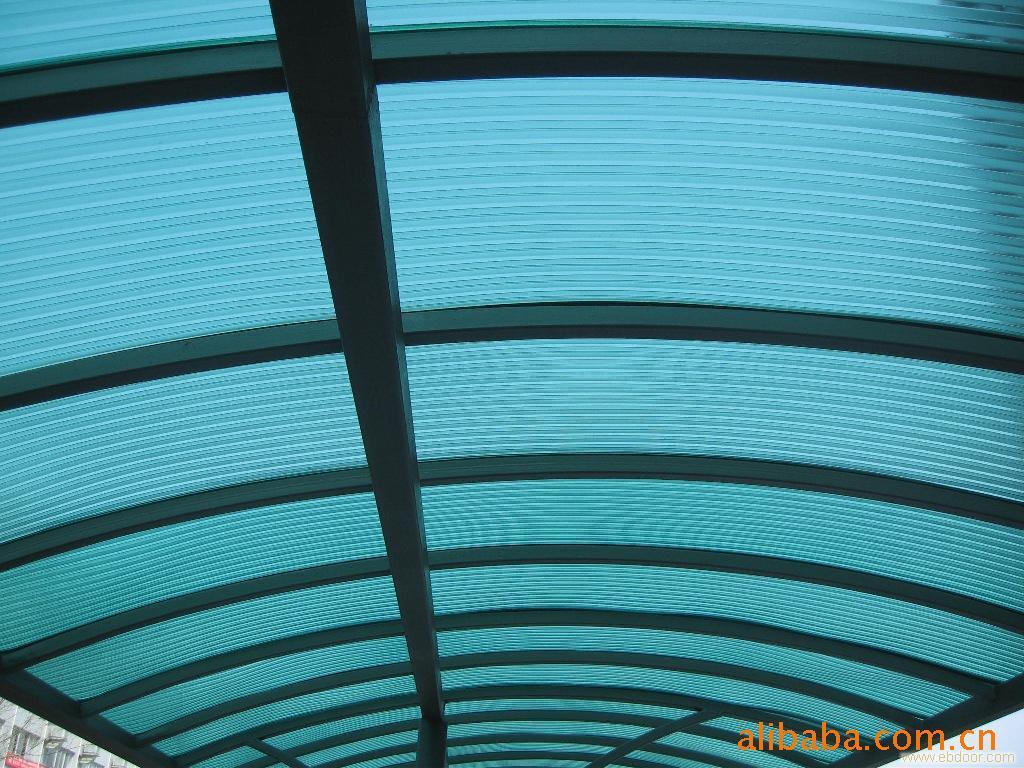 上海惠鸣特彩钢板活动房工程有限公司成立于2007年,是一家私营企业,占地面积达1500平方米,地处奉贤区南桥镇浦卫路南亭公路东300米,交通便捷,环境幽雅,风景秀丽。本企业主要经营彩钢板活动房、c型钢、钢结构平台、彩钢板、钢结构玻璃雨棚大...