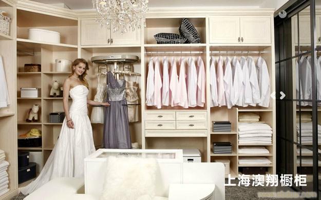 衣柜 爱格E1级三聚氢氨刨花板  上海定制衣柜厂家