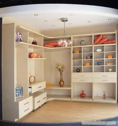 衣柜 露水河E1级三聚氢氨刨花板 衣柜定制厂家