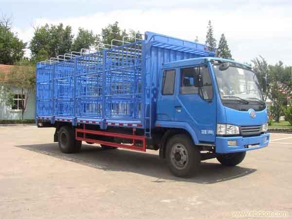 上海解放6.2米畜禽运输车销售-68066339