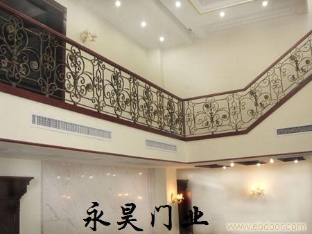 铁艺楼梯装修效果图-上海铁艺楼梯价格