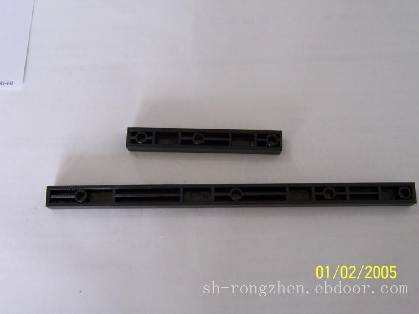 空芯逆变电焊机竖梁