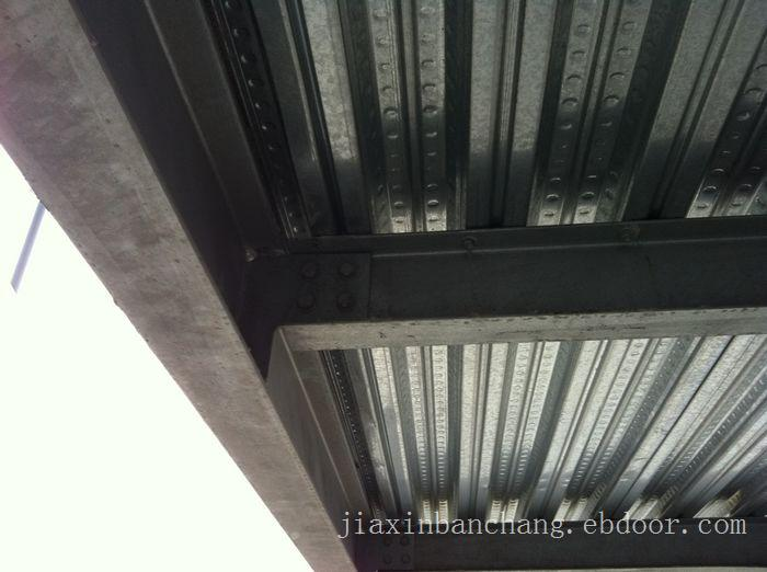 横装岩棉板-横装夹芯板-上海横装夹芯板