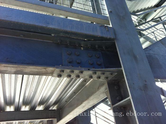 波纹横装岩棉板-横装岩棉板-上海横装夹芯板
