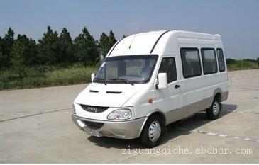 依维柯客车送上海牌照:13301660505