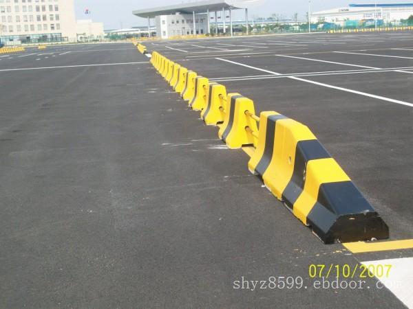 优质水泥隔离墩供应 煜展