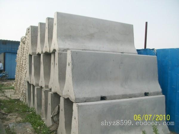 水泥隔离墩公司 上海煜展