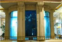 成都广场的大型亚克力鱼缸是哪公司做的