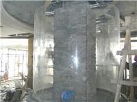 亚克力圆柱施工现场-尊海亚克力鱼缸首席设计师为您打造