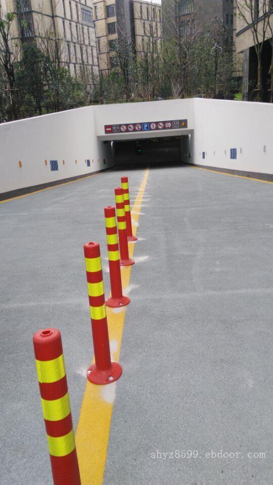 上海交通隔离墩_上海交通安全设施