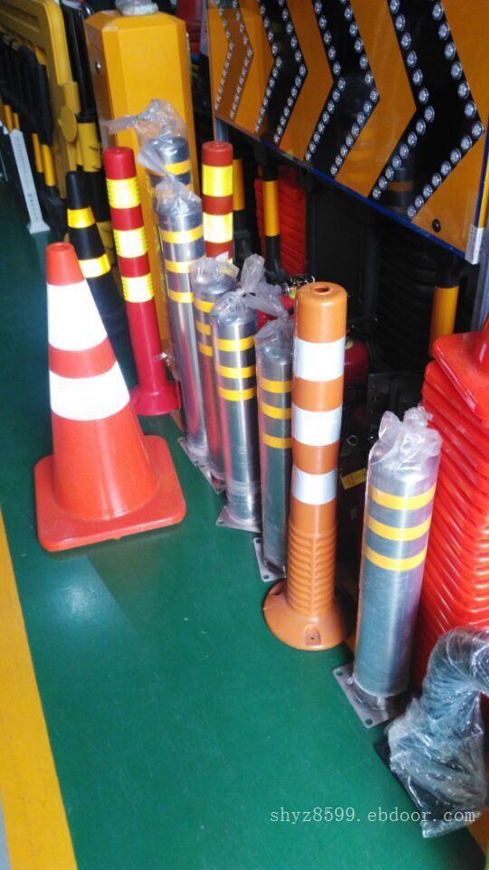 供应各种交通安全设施_隔离墩供应