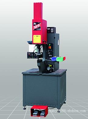 RC6018 PLUS+自动送料系统-睿岑做为压铆机生产厂家
