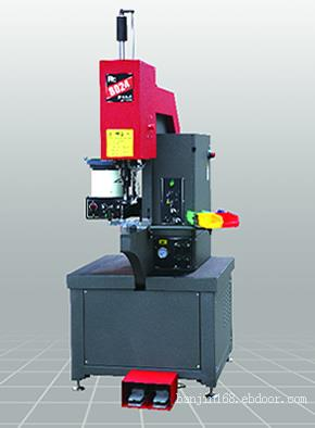 RC8024 P4(标配4工位转塔压力随动)-睿岑做为压铆机生产厂家