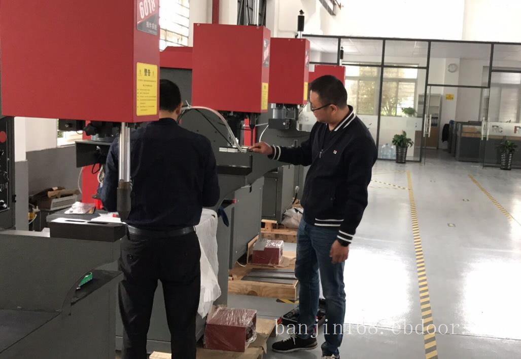 上海气动压铆机-手动压铆机-压铆机厂家