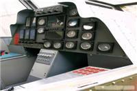 军事训练器材