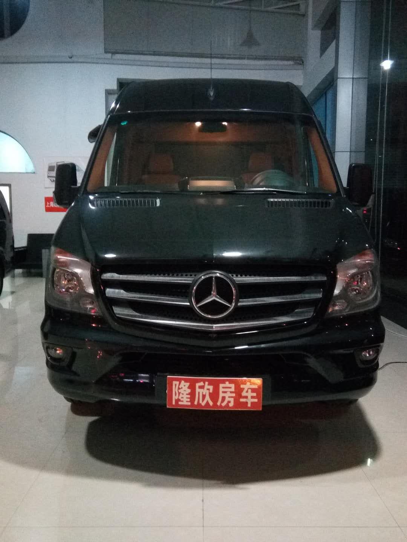 2018最新款豪华奔驰斯宾特商务房车