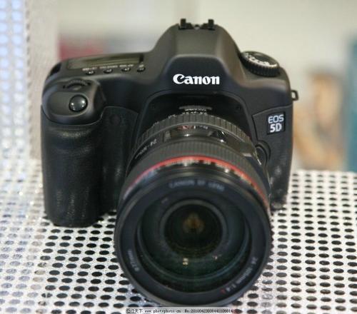 上海佳能相机维修。电话