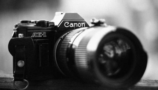 上海佳能相机维修。热线