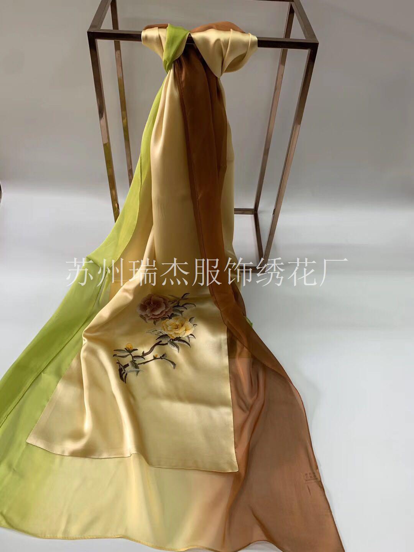 苏州手工绣花_丝巾