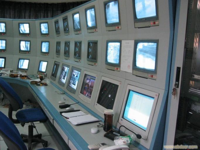 上海妍晨电器-上海14拼装转角式操作屏幕墙监控室-上海14拼装转角式操作屏幕墙监控室价格