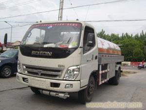福田油罐车