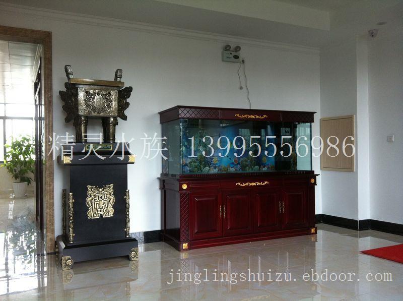 光谷关南建筑工程公司2.5米实木鱼缸