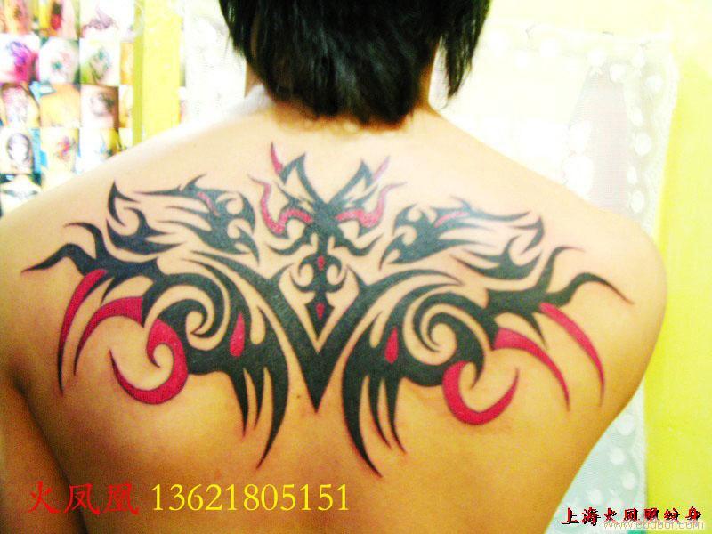 后背图腾纹身-上海专业纹身